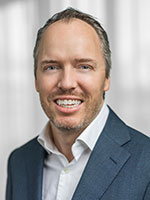 Mattias Häggblom, fondförvaltare av Swedbank Robur Medica